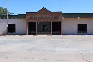 310 Rock Island,Dalhart,Texas 79022,3 Bedrooms Bedrooms,4 BathroomsBathrooms,Single Family Home,Rock Island,1002