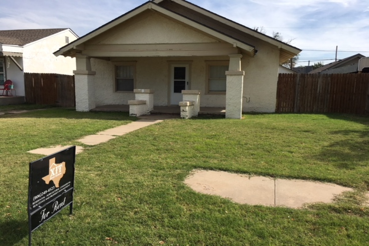 Dalhart,Texas 79022,2 Bedrooms Bedrooms,1 BathroomBathrooms,Single Family Home,1014