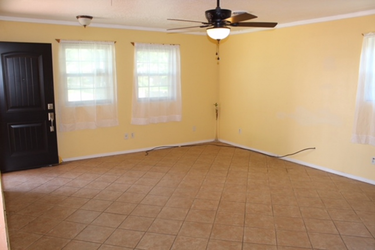 E 6th 1513,Dalhart,Texas 79022,4 Bedrooms Bedrooms,2 BathroomsBathrooms,Single Family Home,1513,1016