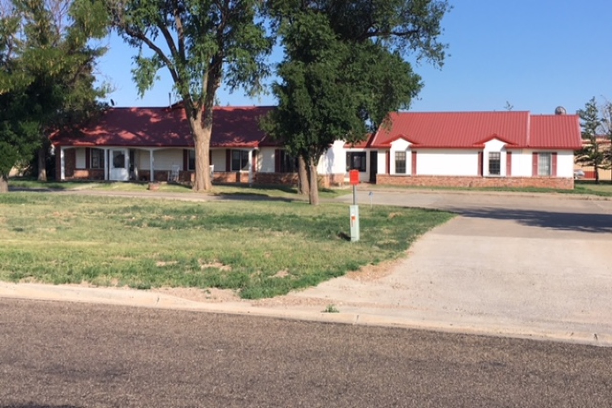 3228 Highway 54 E, Dalhart, Texas 79022, 3 Bedrooms Bedrooms, ,Commercial,Rental Listings,Highway 54 E,1019